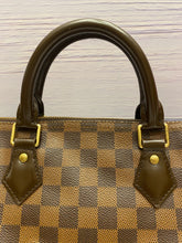 Load image into Gallery viewer, Louis Vuitton Speedy 35 Banduoulier Damier Ebene (CT3164)