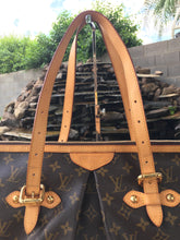 Load image into Gallery viewer, Louis Vuitton Palermo GM Monogram Hobo Bag (MI2141)