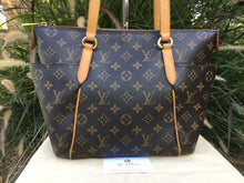 Load image into Gallery viewer, Louis Vuitton Totally PM Monogram Shoulder Tote