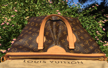 Load image into Gallery viewer, Louis Vuitton Palermo PM Shoulder Bag (TA5112)