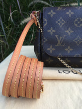 Load image into Gallery viewer, Louis Vuitton Favorite MM Monogram Crossbody (FL0187)