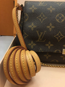 Louis Vuitton Favorite MM Monogram Crossbody Bag (FL4183)