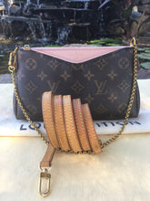Load image into Gallery viewer, Louis Vuitton Pallas Pink Clutch Crossbody (GI1167)