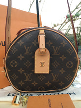 Load image into Gallery viewer, Louis Vuitton Boite Chapeau Souple Monogram Bag