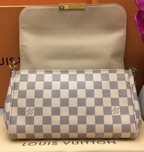 Load image into Gallery viewer, Louis Vuitton Favorite MM Damier Azur Crossbody Bag (FL1114)