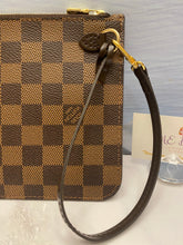 Load image into Gallery viewer, Louis Vuitton Neverfull MM/GM Red Damier Ebene Wristlet (SD2178)