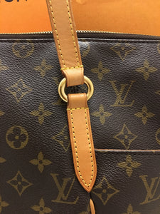 Louis Vuitton Totally MM Monogram Tote (TJ1170)