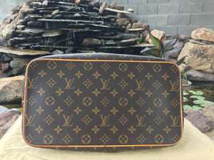 Louis Vuitton Palermo GM Monogram Hobo Bag (MI2141)