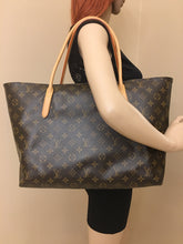 Load image into Gallery viewer, Louis Vuitton Raspail MM Monogram Shoulder Bag (SR1192)