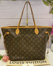 Load image into Gallery viewer, Louis Vuitton Neverfull MM Monogram Pink (SR3196)