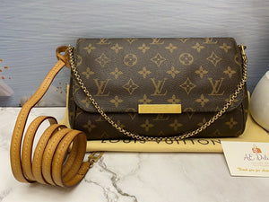 Louis Vuitton Favorite MM Monogram Clutch Purse (DU4183)