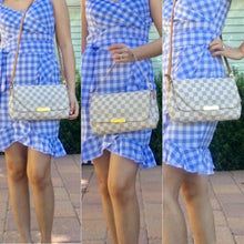 Load image into Gallery viewer, Louis Vuitton Favorite MM Damier Azur (SD1124)