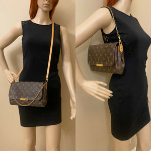 Louis Vuitton Favorite MM Monogram Clutch Purse (FL4144)