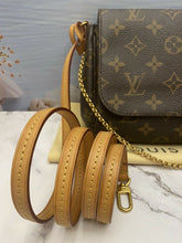 Load image into Gallery viewer, Louis Vuitton Favorite MM Monogram Clutch Purse (DU0173)