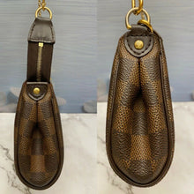 Load image into Gallery viewer, Louis Vuitton Eva Damiar Ebene Clutch Bag (AA1120)