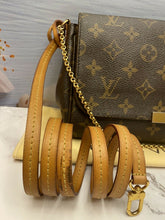 Load image into Gallery viewer, Louis Vuitton Favorite MM Monogram Clutch Purse (SA0154)