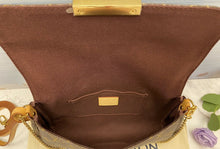 Load image into Gallery viewer, Louis Vuitton Favorite MM Monogram Clutch Purse (FL3186)