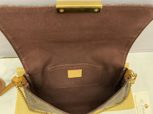 Load image into Gallery viewer, Louis Vuitton Favorite MM Monogram Clutch (DU1166)