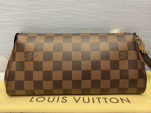 Louis Vuitton Eva Damiar Ebene Clutch (DU2131)