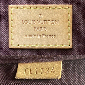 Louis Vuitton Favorite MM Monogram Clutch (FL1134)