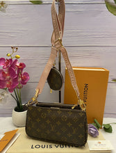 Load image into Gallery viewer, BRAND NEW Louis Vuitton Multi Pochette Accessories (SD3210, SD3200)