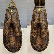 Load image into Gallery viewer, Louis Vuitton Eva Damiar Ebene Clutch Bag (AA1151)
