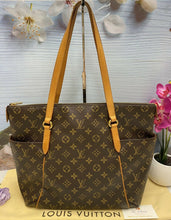 Load image into Gallery viewer, Totally MM Monogram Tote Handbag (TJ4110)