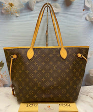 Load image into Gallery viewer, Louis Vuitton Neverfull MM Monogram Beige Tote (SA1190)
