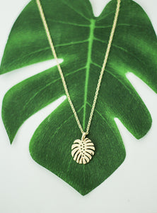 WEIRD IS COOL Monstera palm leave necklace