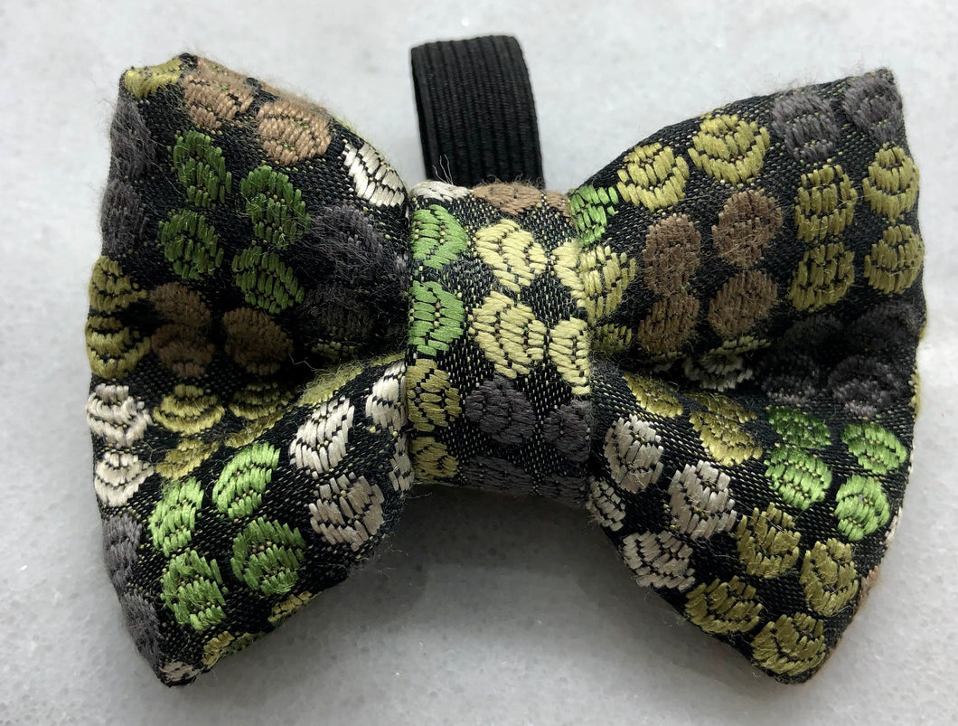 Mossy Bow