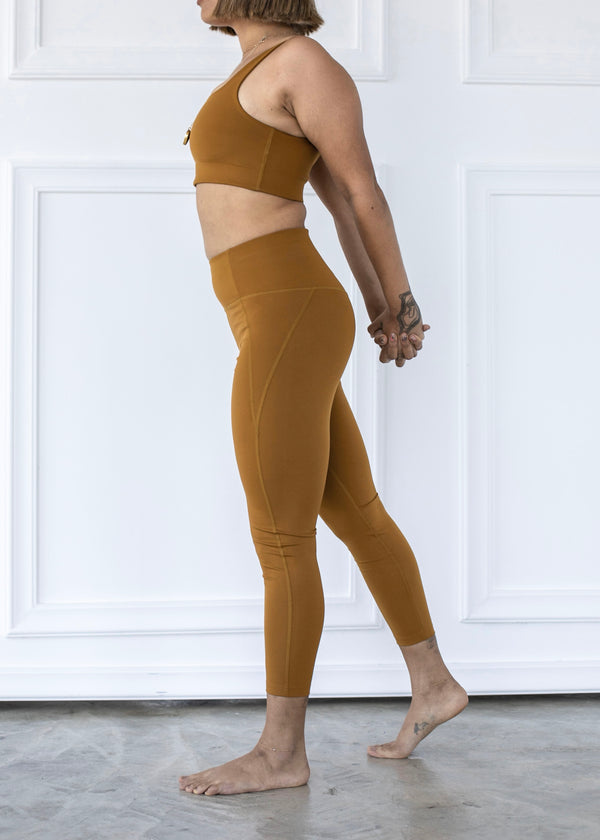 Compressive High-Rise Legging, Saddle