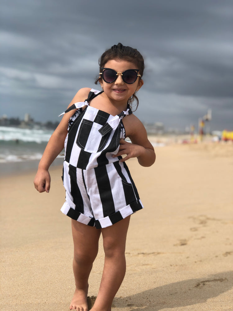 Pipi's Playsuit Black and White