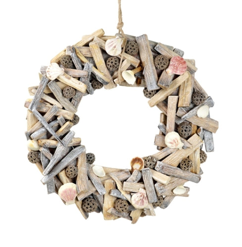 White Driftwood Wreath With Shell