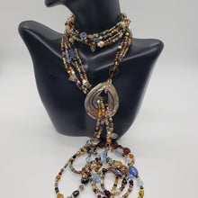 Load image into Gallery viewer, Multi-Color Glass Beaded Lariat