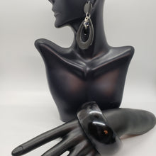 Load image into Gallery viewer, Black Acrylic Bracelet and Earring Set