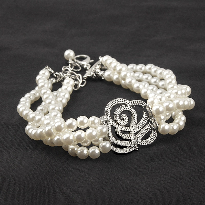 Artificial Rose Pearl Necklace