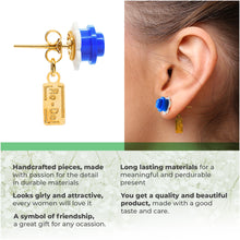 Load image into Gallery viewer, Plastic Flower Earring Studs White Blue