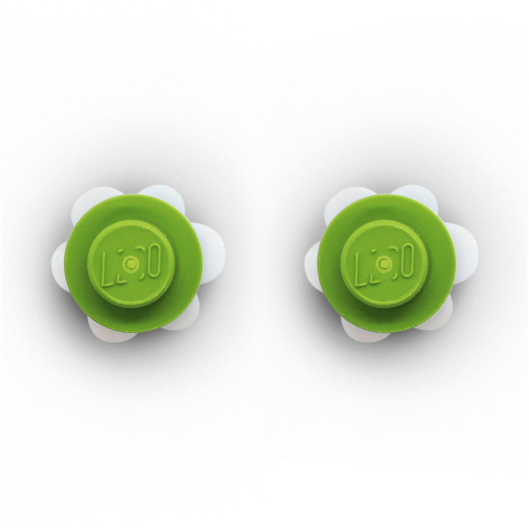 Plastic Flower Earring Studs White Green