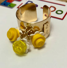 Load image into Gallery viewer, Lego Flower Trio Ring Gold-filled
