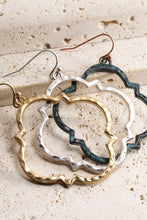 Load image into Gallery viewer, Metal Quatrefoil Earring - Sublime Clothing Boutique