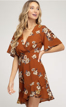 Load image into Gallery viewer, Aspen Floral Dress