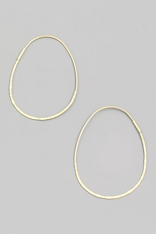 Dainty Oval Hoop Earrings - Sublime Clothing Boutique