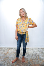 Load image into Gallery viewer, French Floral Blouse - Sublime Clothing Boutique