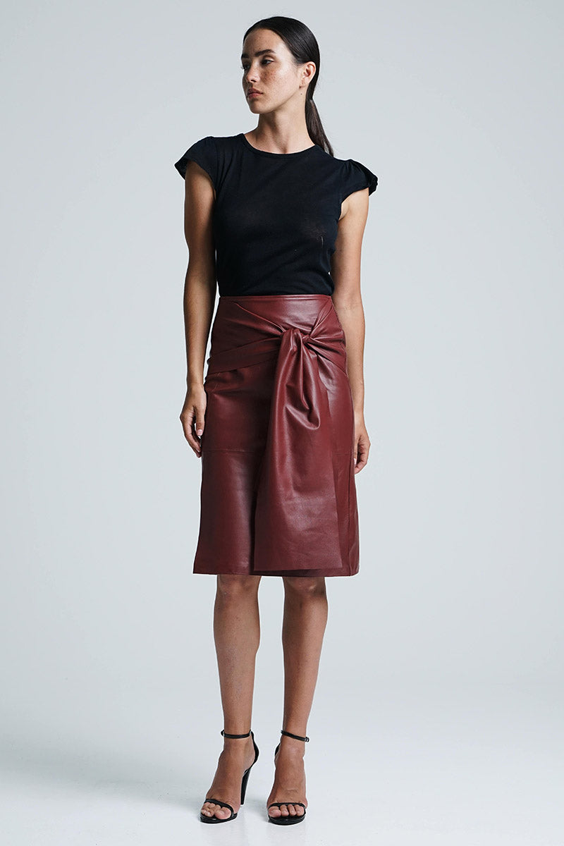 BELLA BOW SKIRT MERLOT