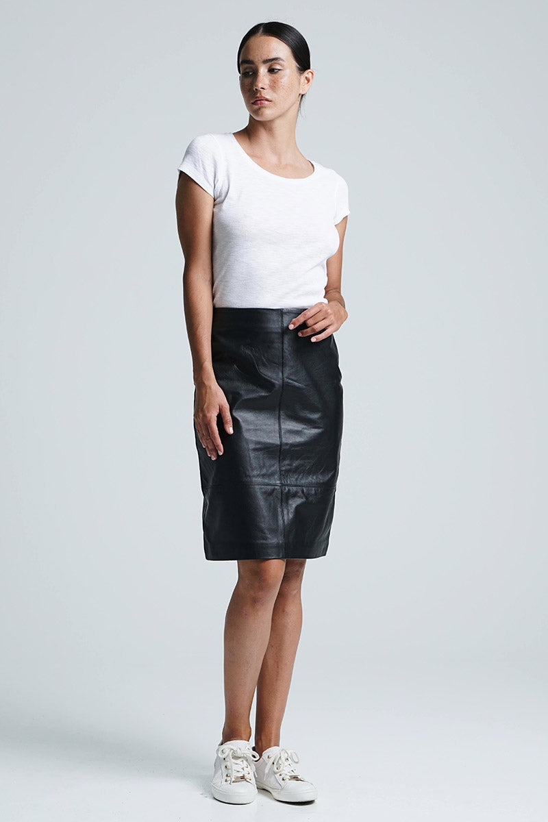 Jade Midi Skirt Black