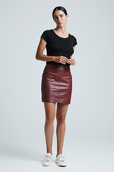 JADE MINI SKIRT MERLOT