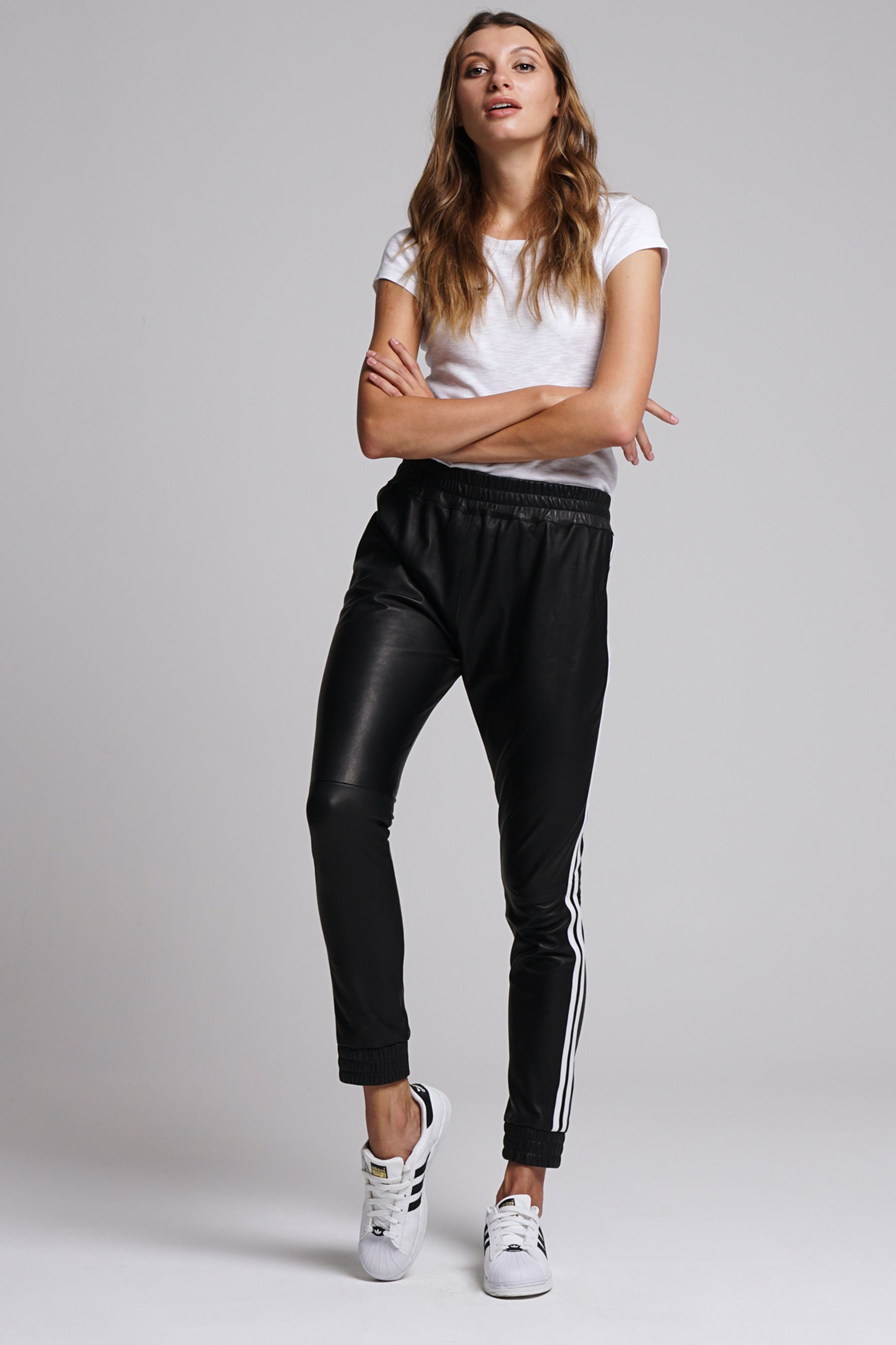 Willow Joggers Black & White