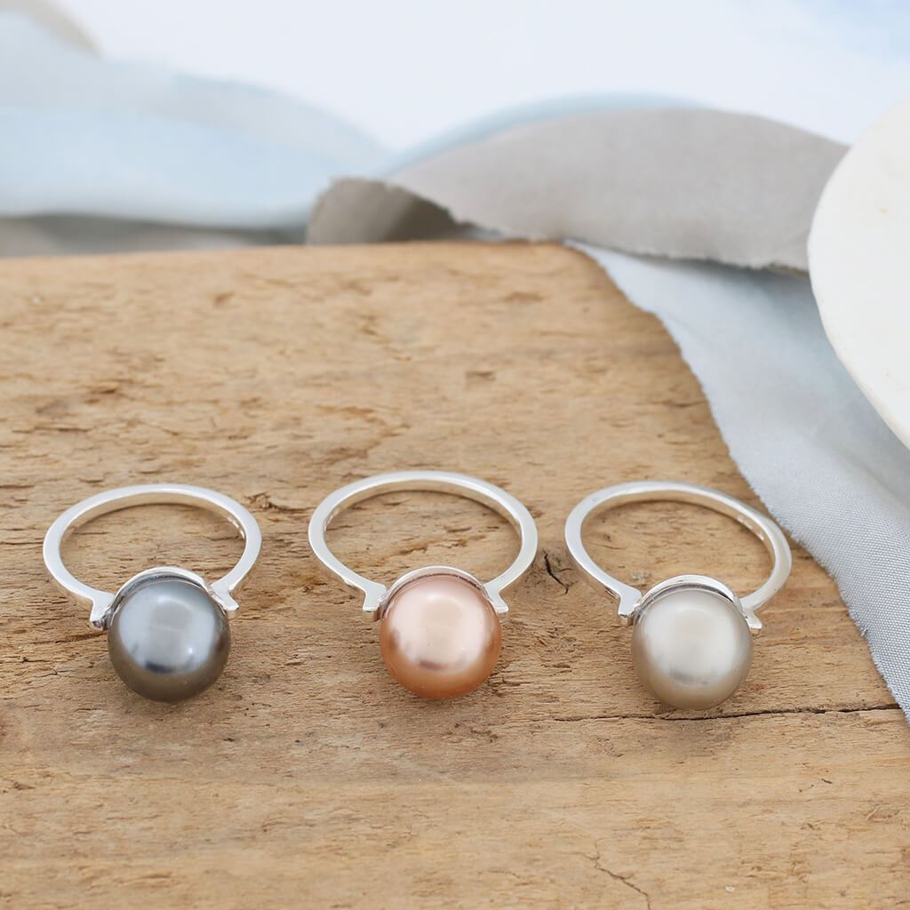 coloured pearl rings