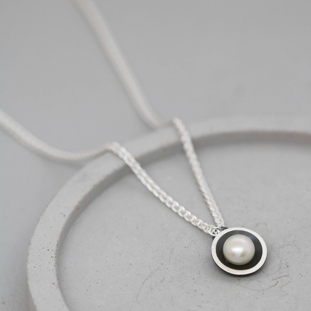Single Pearl Necklace and Earring Bridesmaid Gift Set