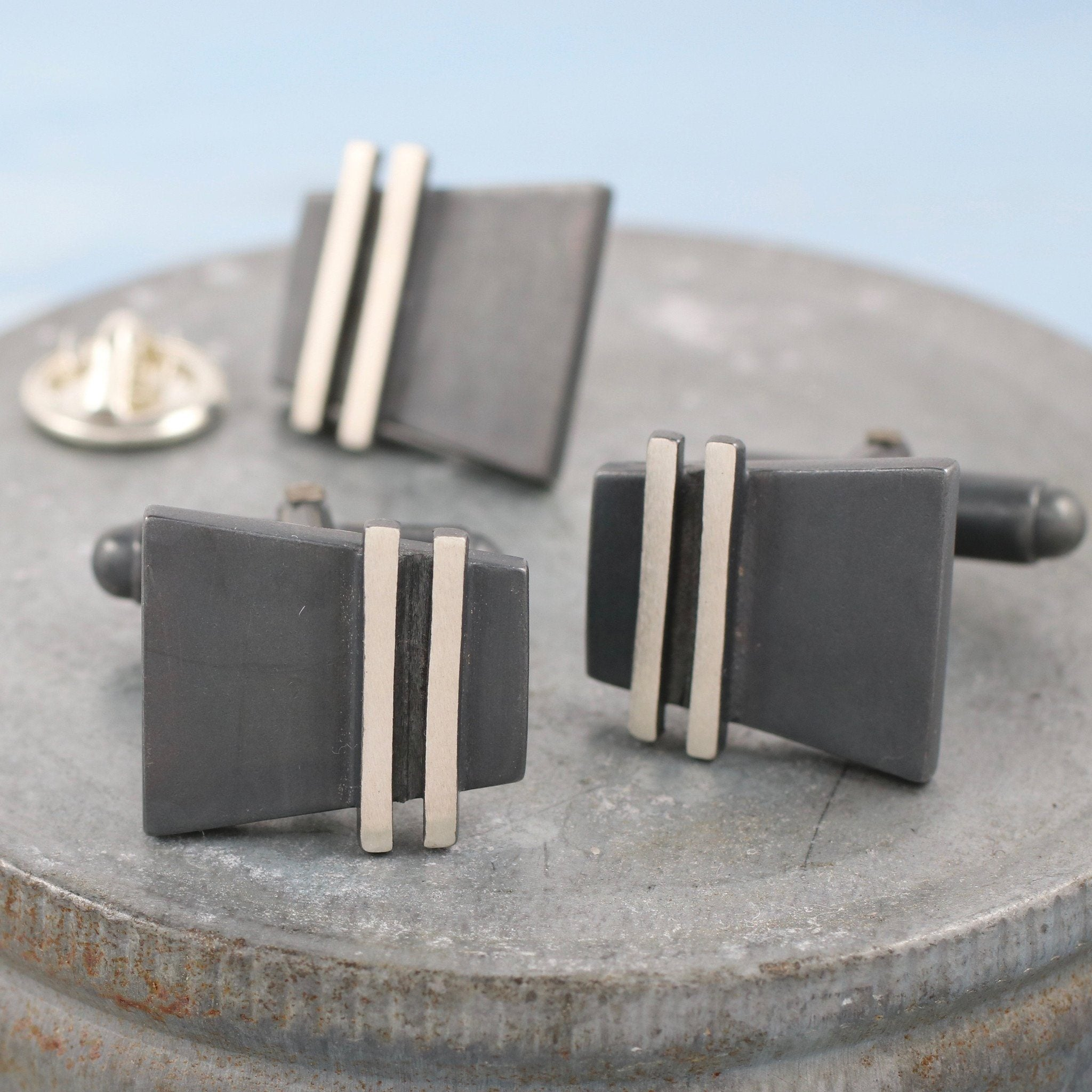 cufflinks and tie pin gift set